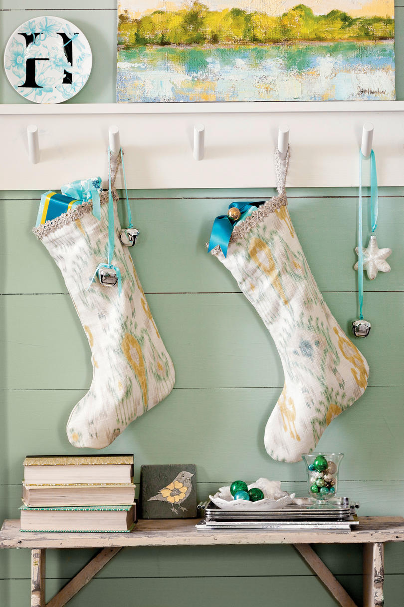 Design Some Stockings for Mom and Dad