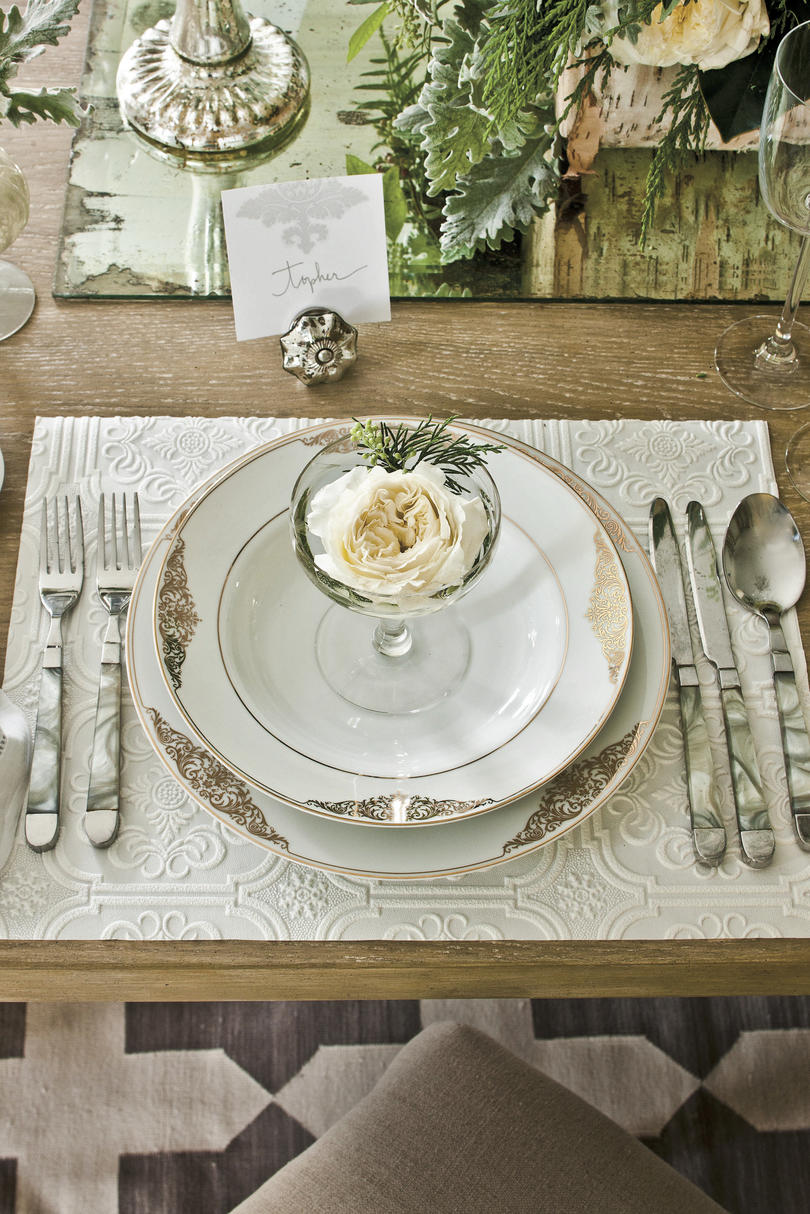 Christmas Table Setting Natural Neutral Table Setting