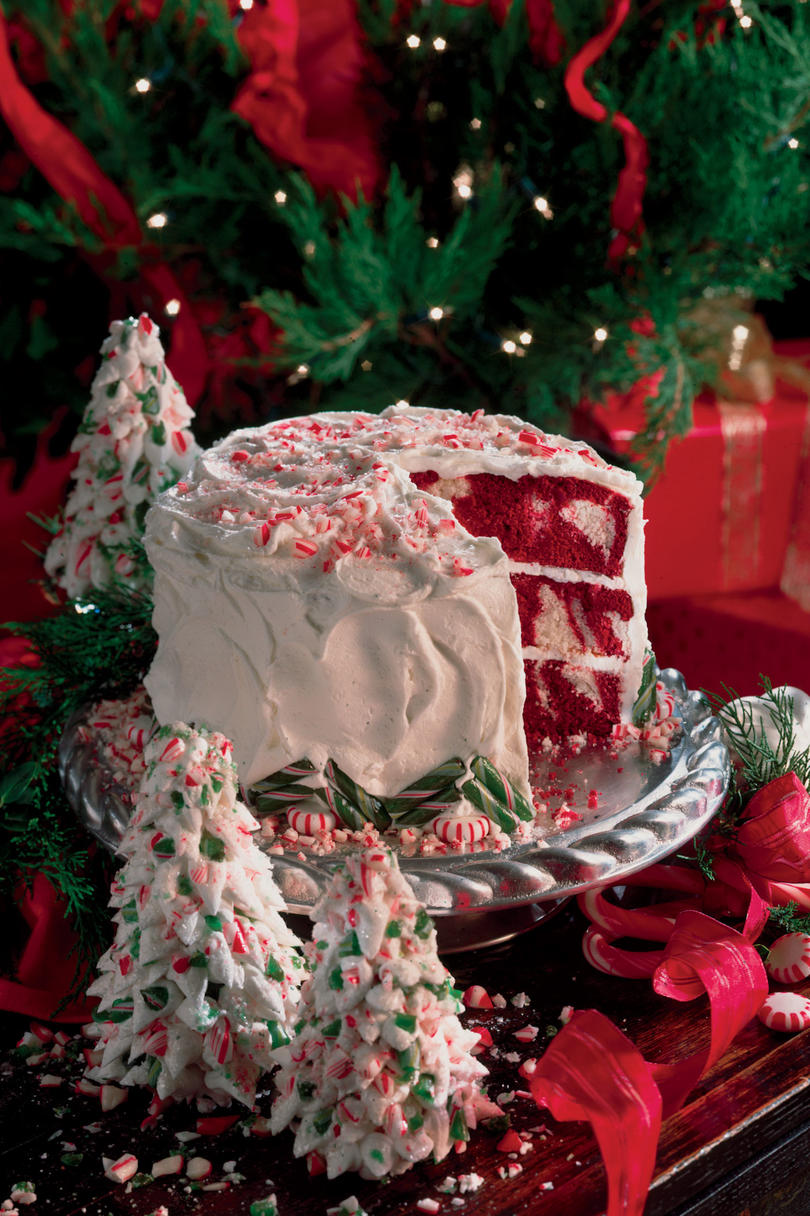 Red Velvet-Peppermint Cake