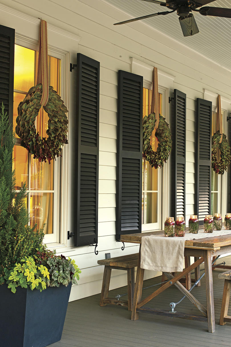 21 Festive Front Porches From Across The South Southern