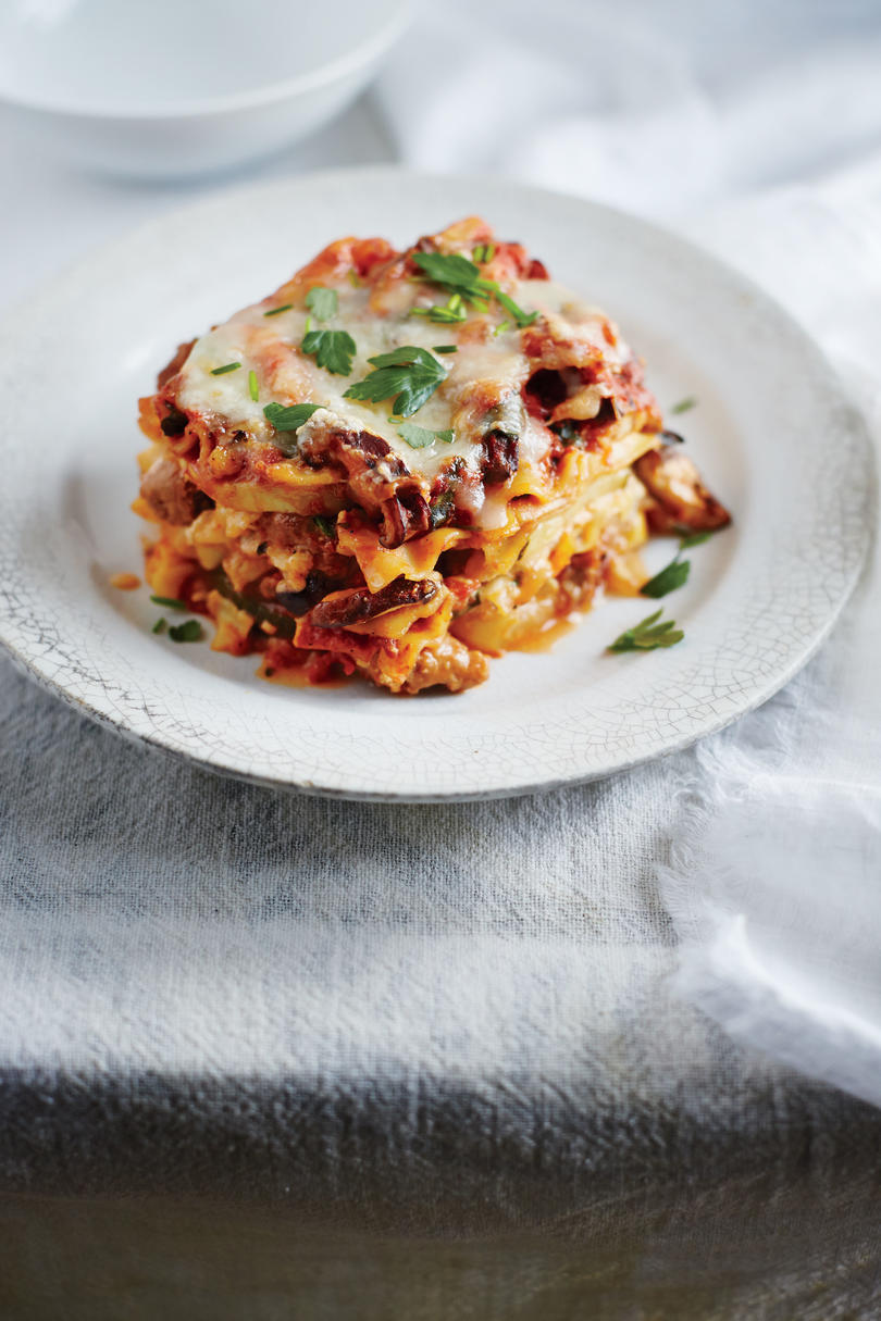 slow cooker, Sausage and Squash Lasagna