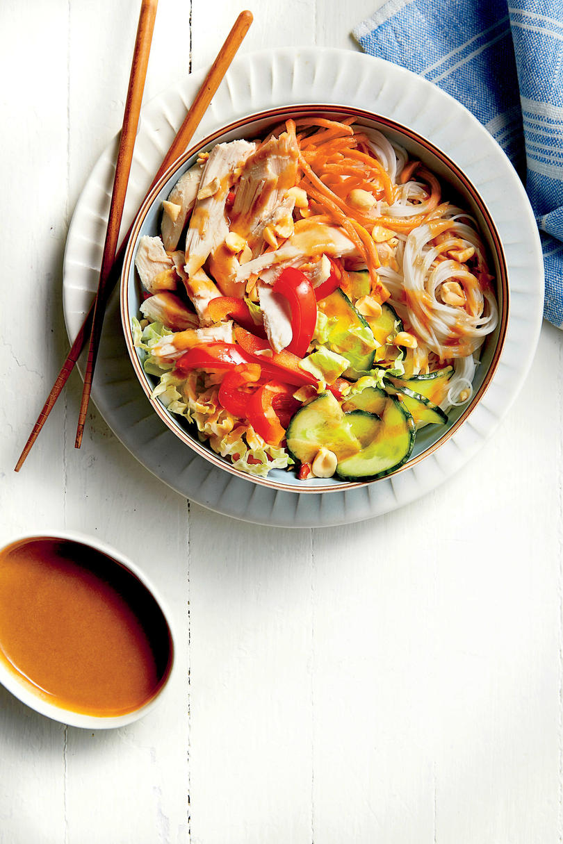 RX_1612_30-Minute Recipes_Chicken Noodle Bowl with Peanut-Ginger Sauce