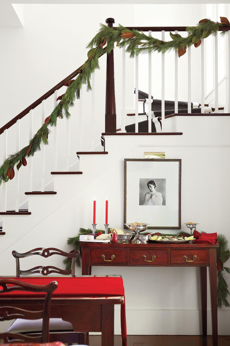 White Walls and Red Accents Christmas Foyer