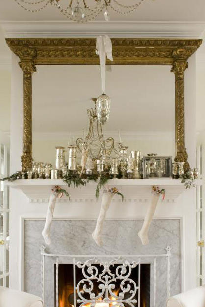 Vintage Christmas Decorations: Mantels