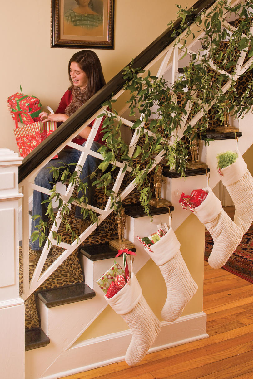 Lowcountry christmas charm southern living for Hang stockings staircase