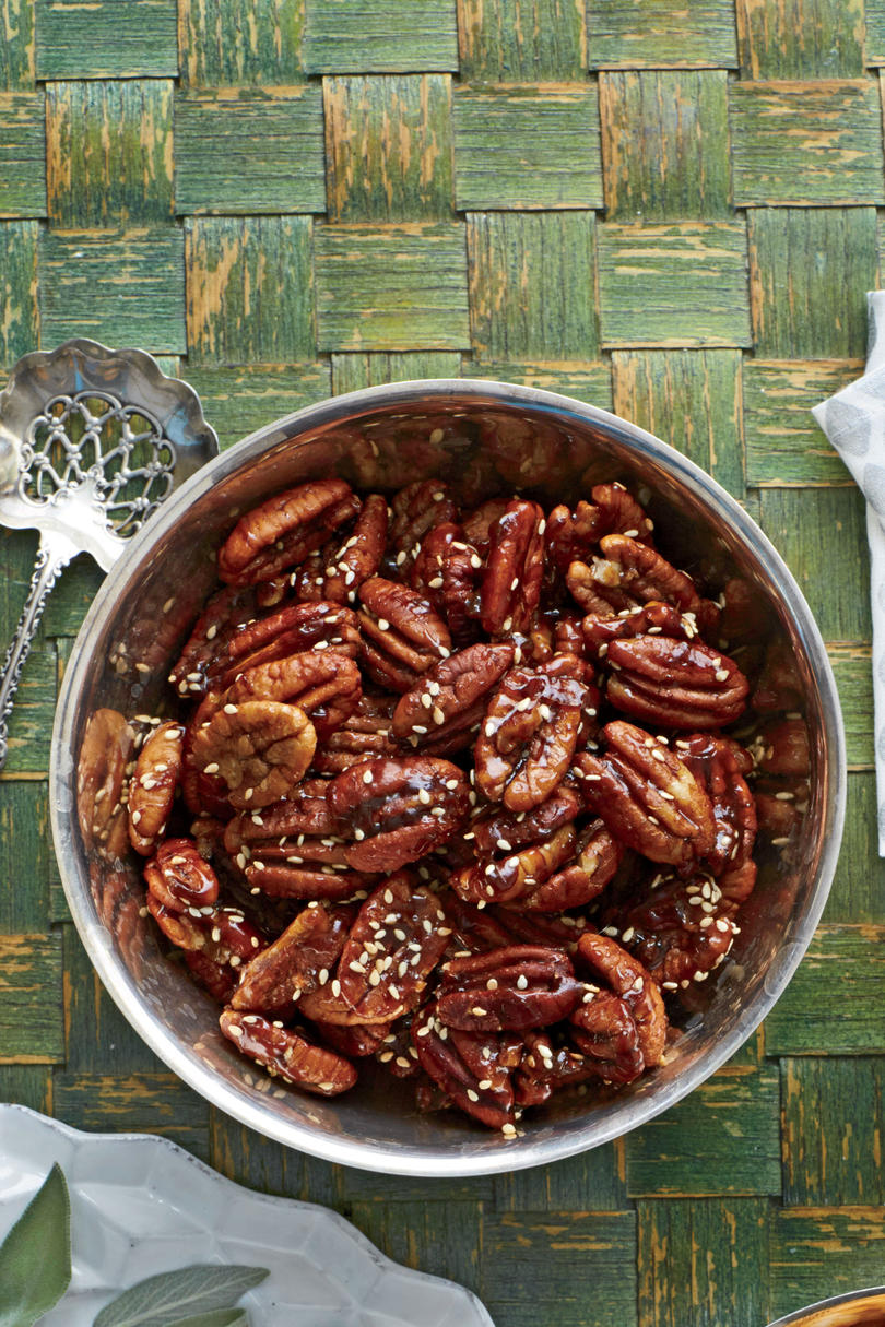 Benne-Maple Roasted Pecans
