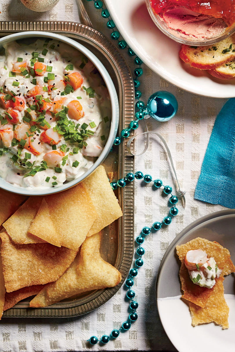 Creamy Shrimp Dip with Crispy Wonton Chips