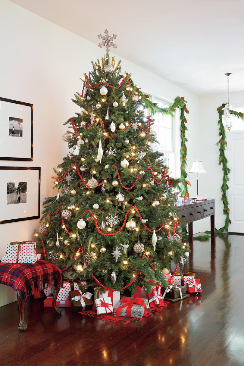 Red and White Living Room Christmas Tree