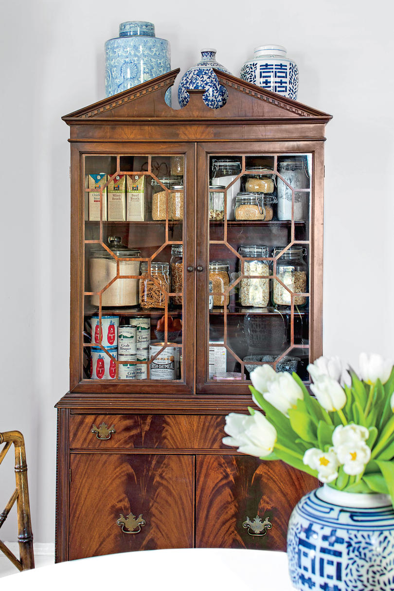 Bon China Cabinet Used For Storage