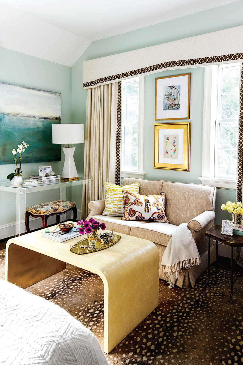 Small Space Comfort Room Designs: 50 Small Space Decorating Tricks