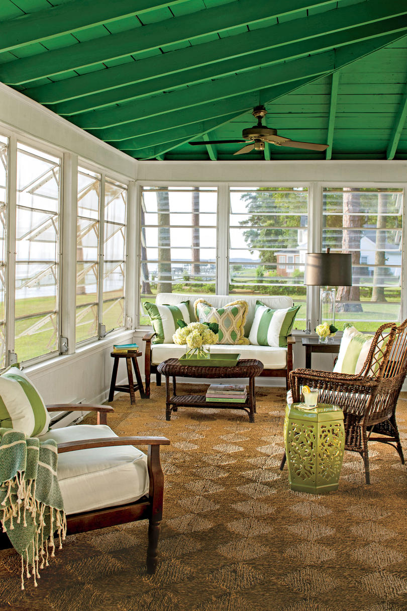 50 Best Small Space Decorating Tricks We Learned in 2016 ... on Small Enclosed Patio Ideas id=48377