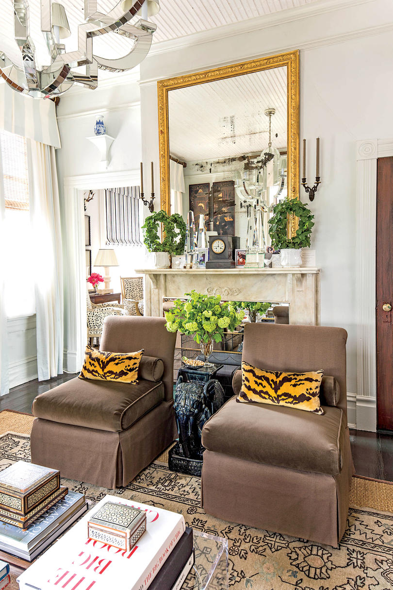 Eclectic home office alison Shabby Chic Make The Space Work For You Safferstone Interiors Design Our Best Small Space Decorating Tricks You Should Steal
