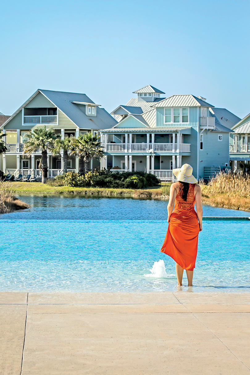 Upscale Beach Charm: Cinnamon Shore