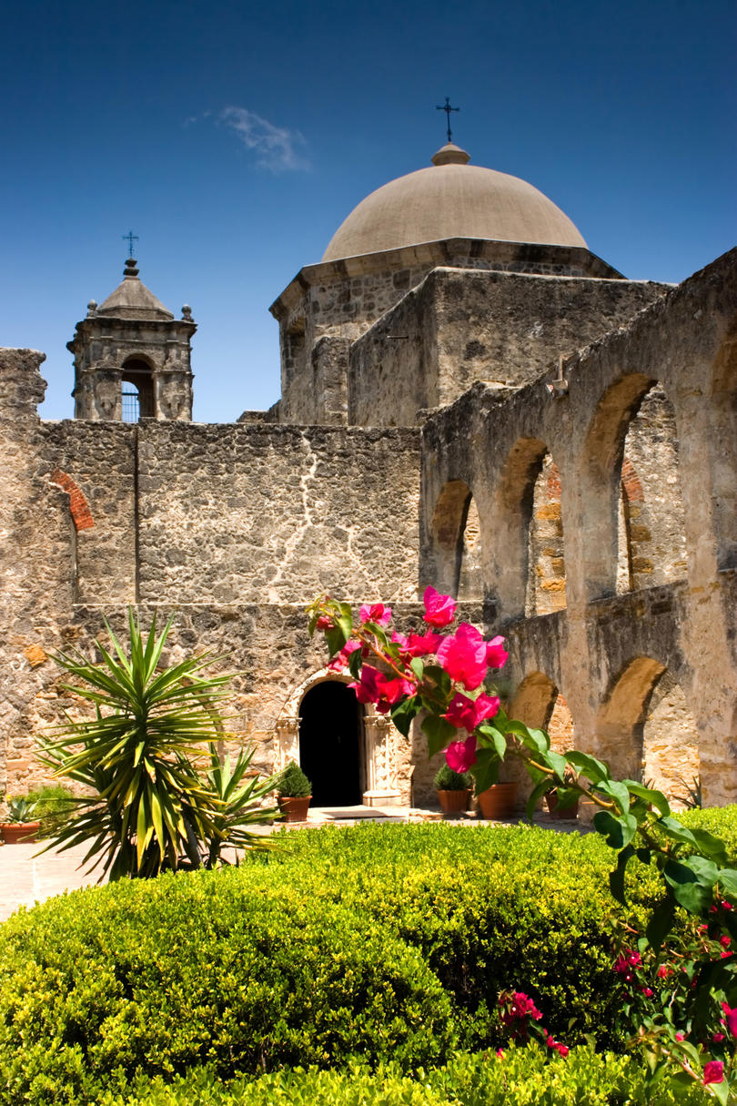 "An Audience with ""The Queen"": Mission San José"
