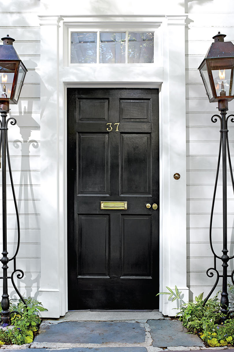 Charleston Door Black  sc 1 st  Southern Living & What Does Your Front Door Color Say About You? - Southern Living