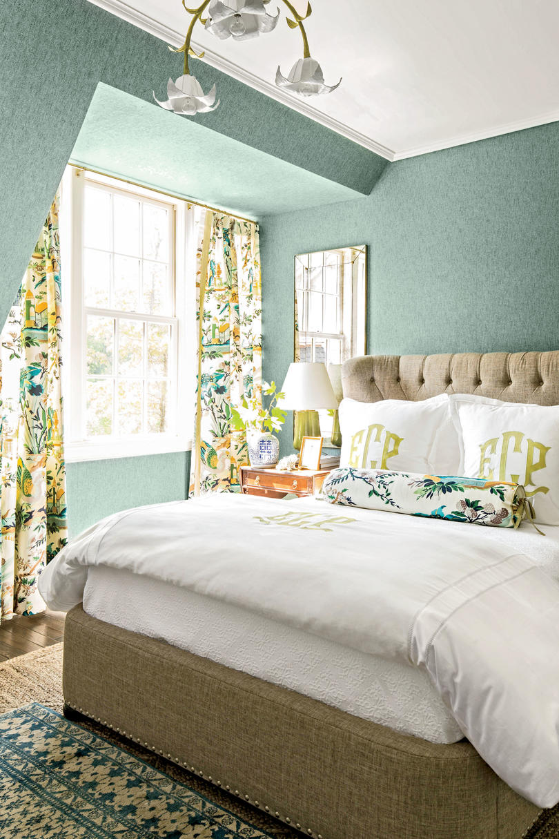 10 tricks to make your bedroom feel extra cozy southern 13370 | teal idea house bedroom 2446502 2016i42504 itok l4c21gb2