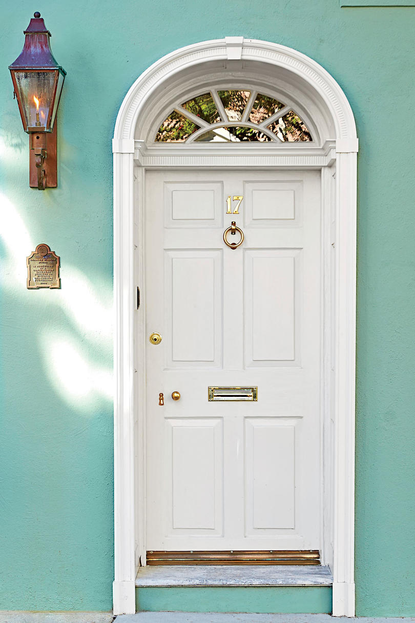 Charleston Door White  sc 1 st  Southern Living & What Does Your Front Door Color Say About You? - Southern Living
