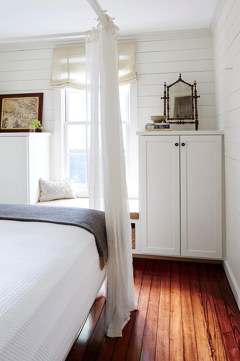 6 Tips for Living in a 660-Square-Foot Cottage - Southern Living