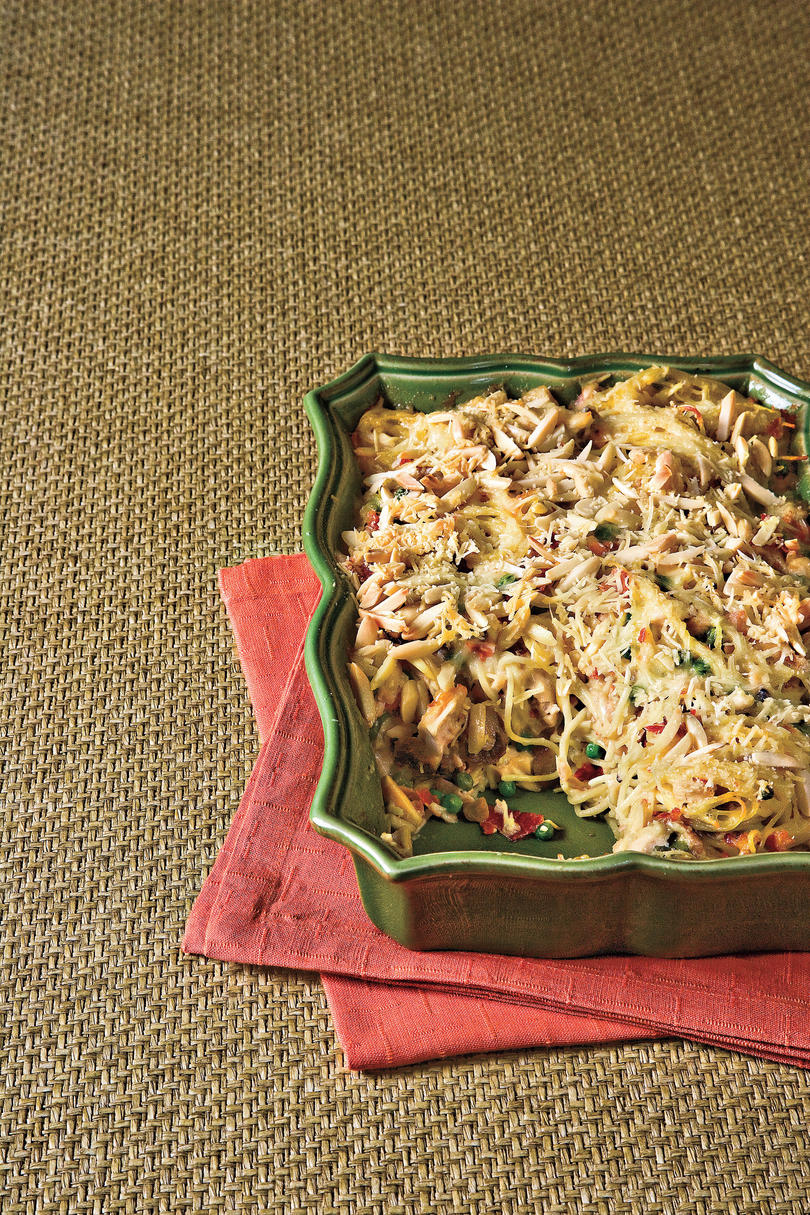Chicken Tetrazzini with Prosciutto and Peas