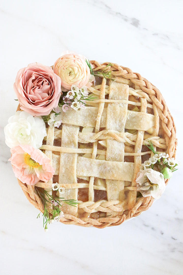 Seven Ways to Serve Pie at Your Wedding - Southern Living
