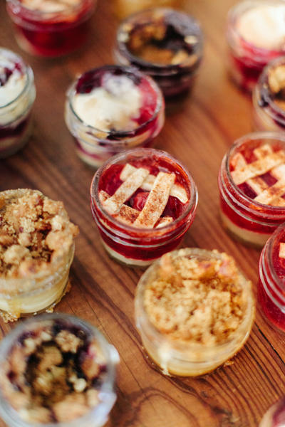 Mason Jar Cobbler Individual Pies at Wedding