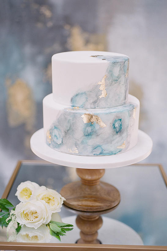 Watercolor wedding cakes might be the next big wedding trend a subtle statement junglespirit Choice Image