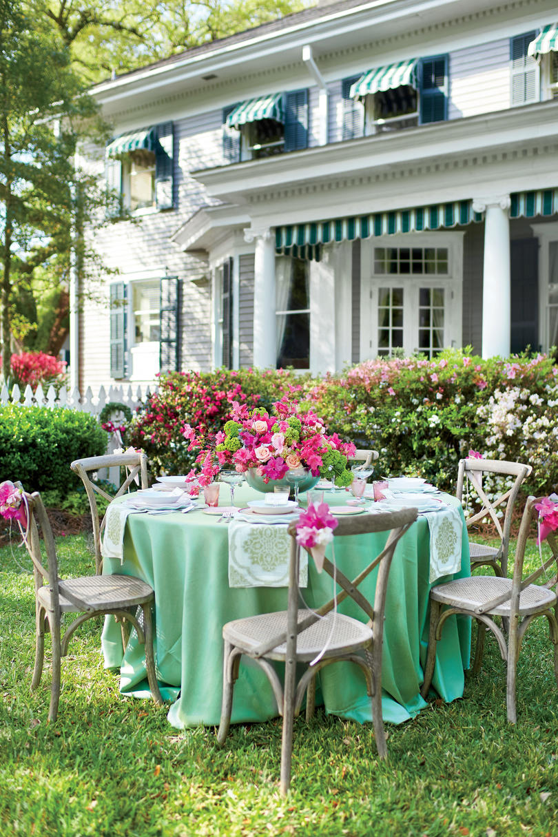Springtime in the South Outdoor Luncheons