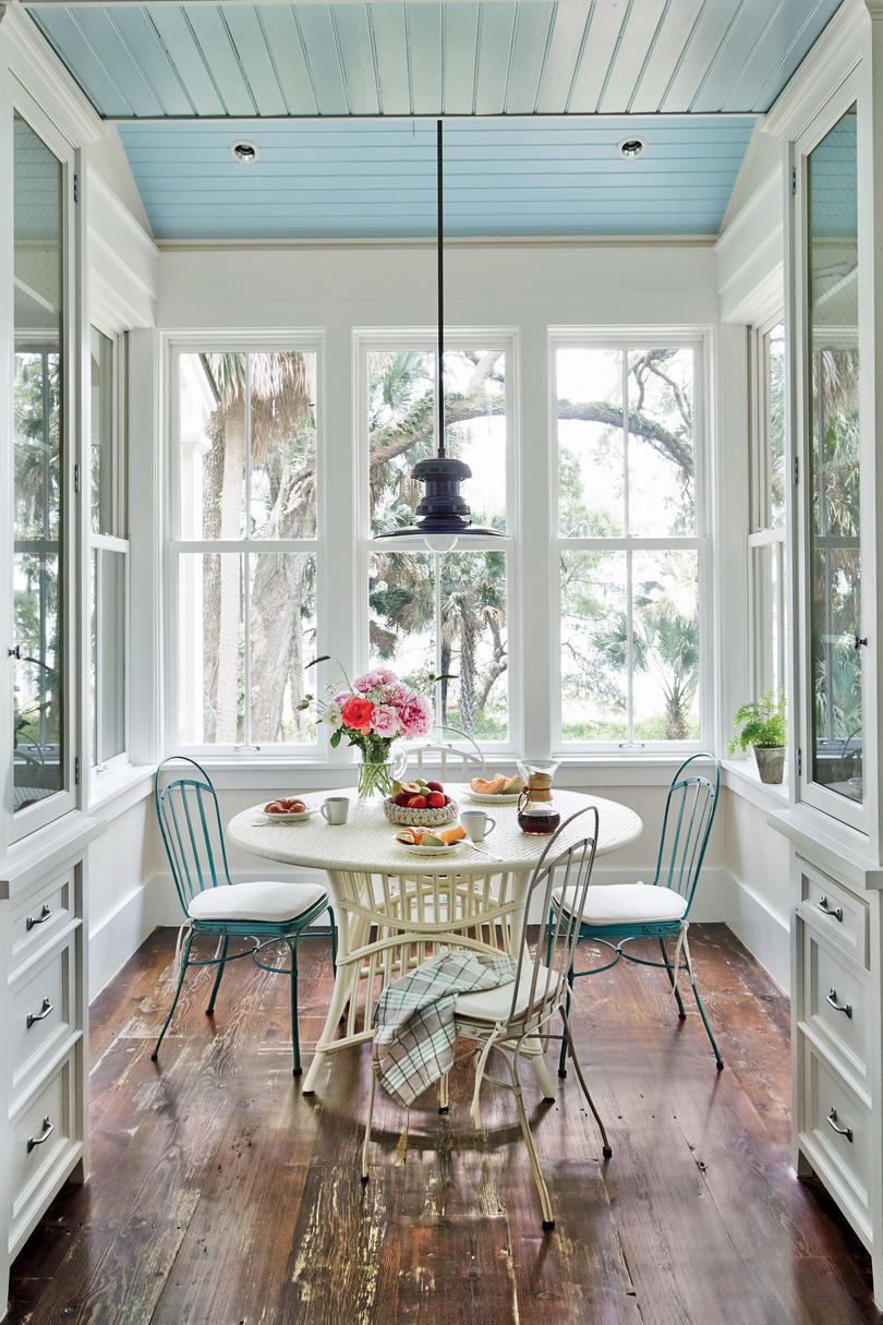 Breakfast Nook with Blue Ceiling