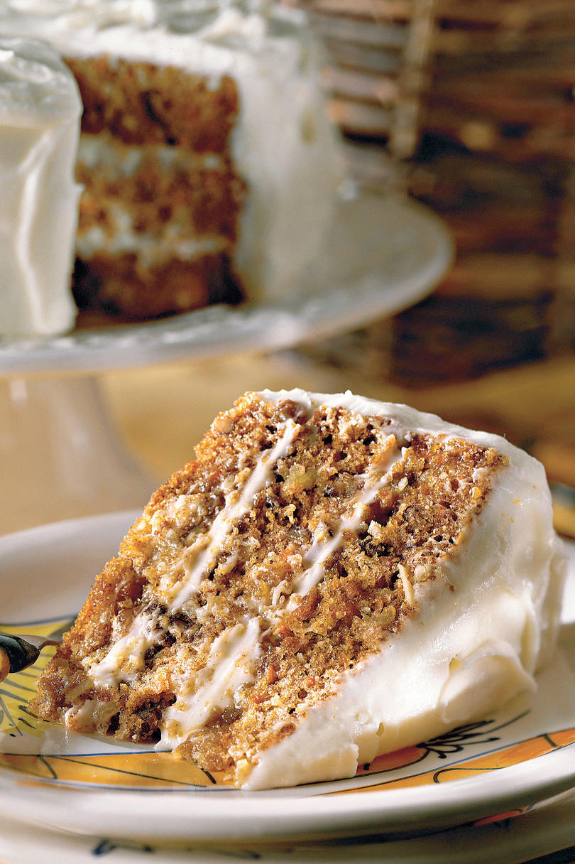 Cream heart cake says i love you in a hundred different ways - Best Carrot Cake