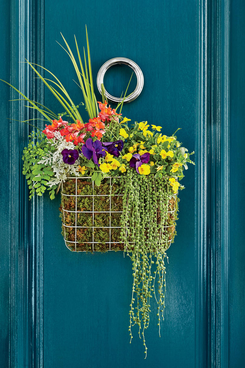 The Basket Wreath