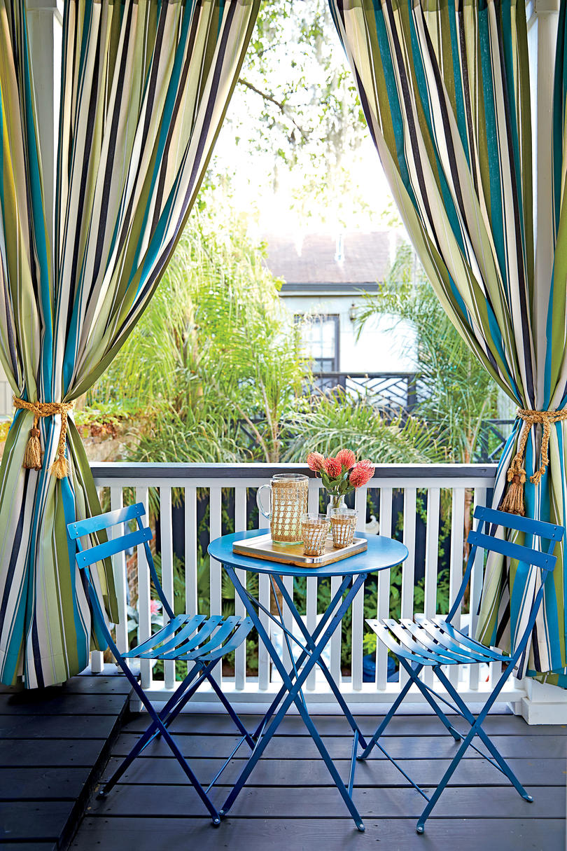 Tiny Porches And Patios That Are Giving Us Major