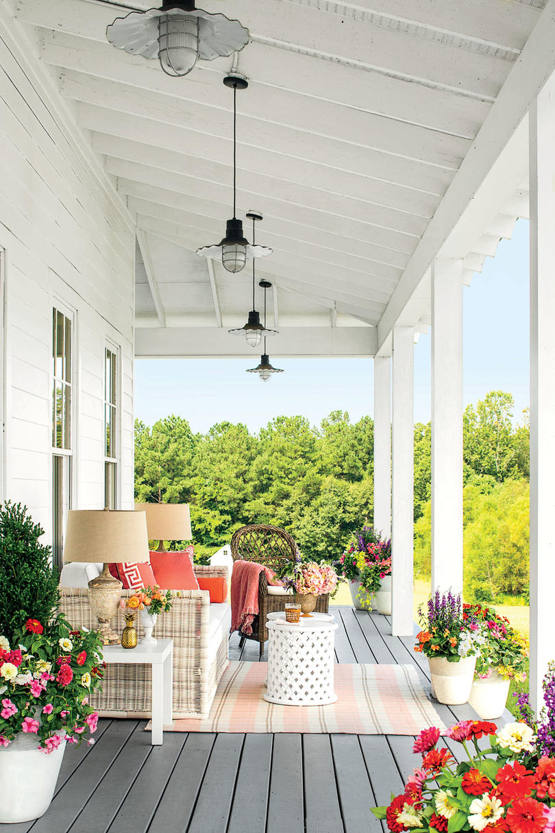 Stunning Farmhouse Before And After Makeovers Southern