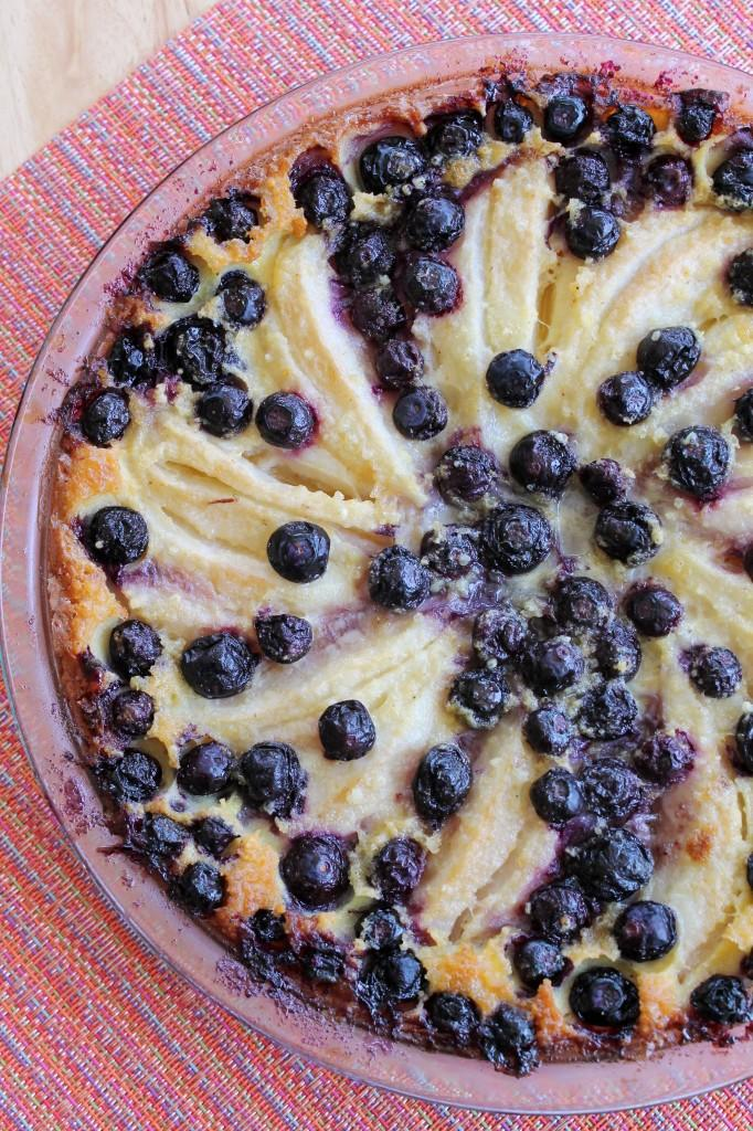 Crustless Ginger Blueberry-Pear Pie