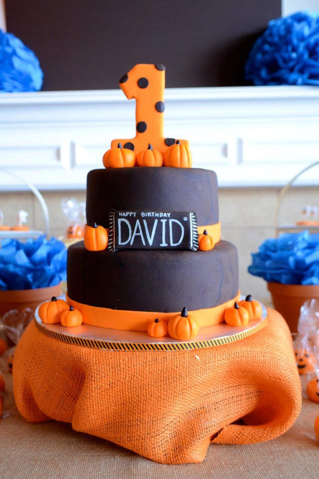 13 Ghoulishly Festive Halloween Birthday Cakes - Southern Living