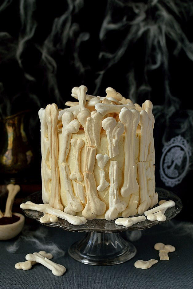 Meringue Bone Halloween Cake