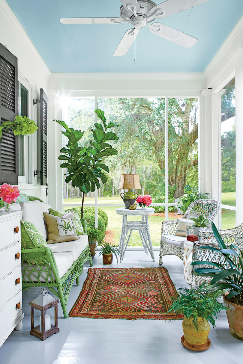 Square Room Interior Design: Our New Favorite 800-Square-Foot Cottage That You Can Have