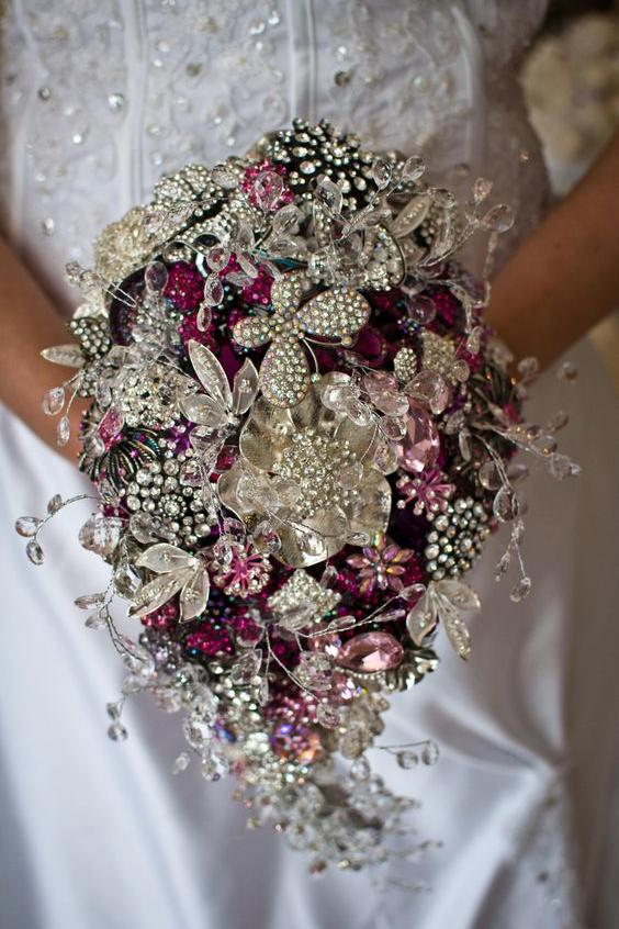 RX_1705_Heirloom Jewelry_Pink Crystal Bouquet
