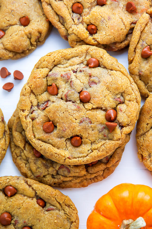 Chewy Cinnamon Chip Pumpkin Cookies