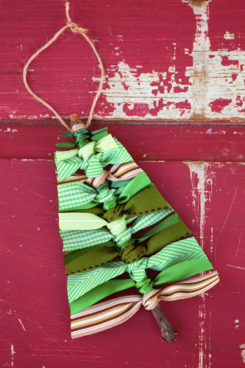Easy Christmas Crafts - Southern Living