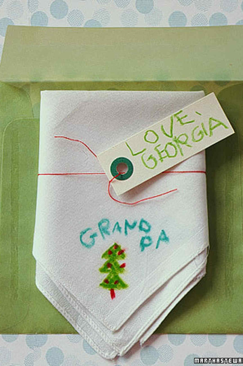 Easy Christmas Crafts: Christmas Handkerchiefs
