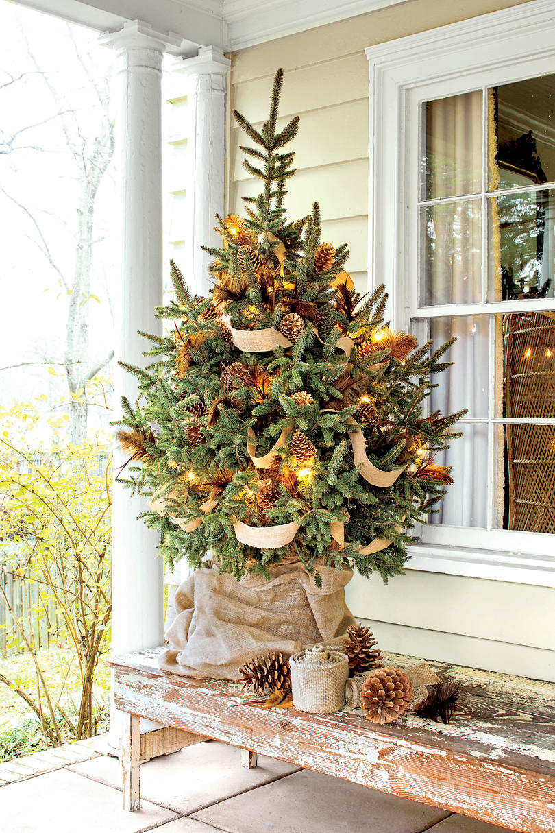 New Ideas For Christmas Tree Garland Southern Living Net Lights Wiring Diagram Burlap Ribbon