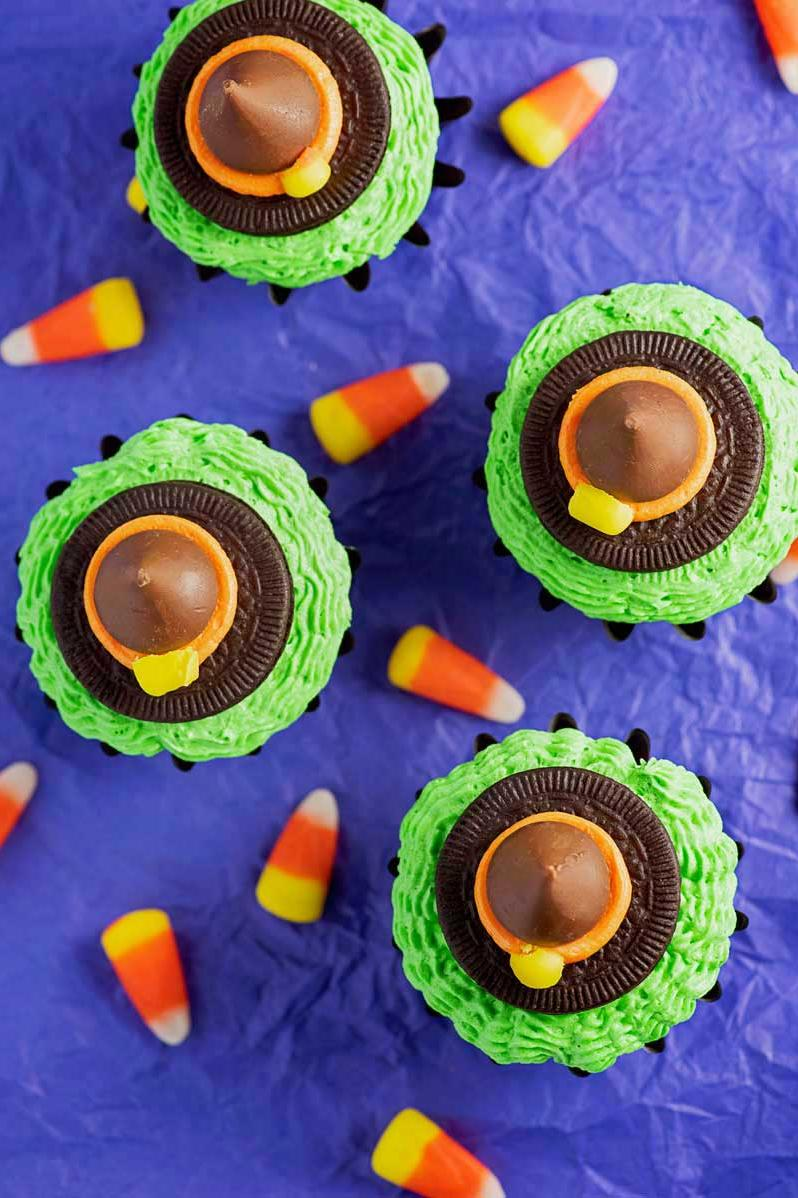Witch Cupcakes: Green With Envy