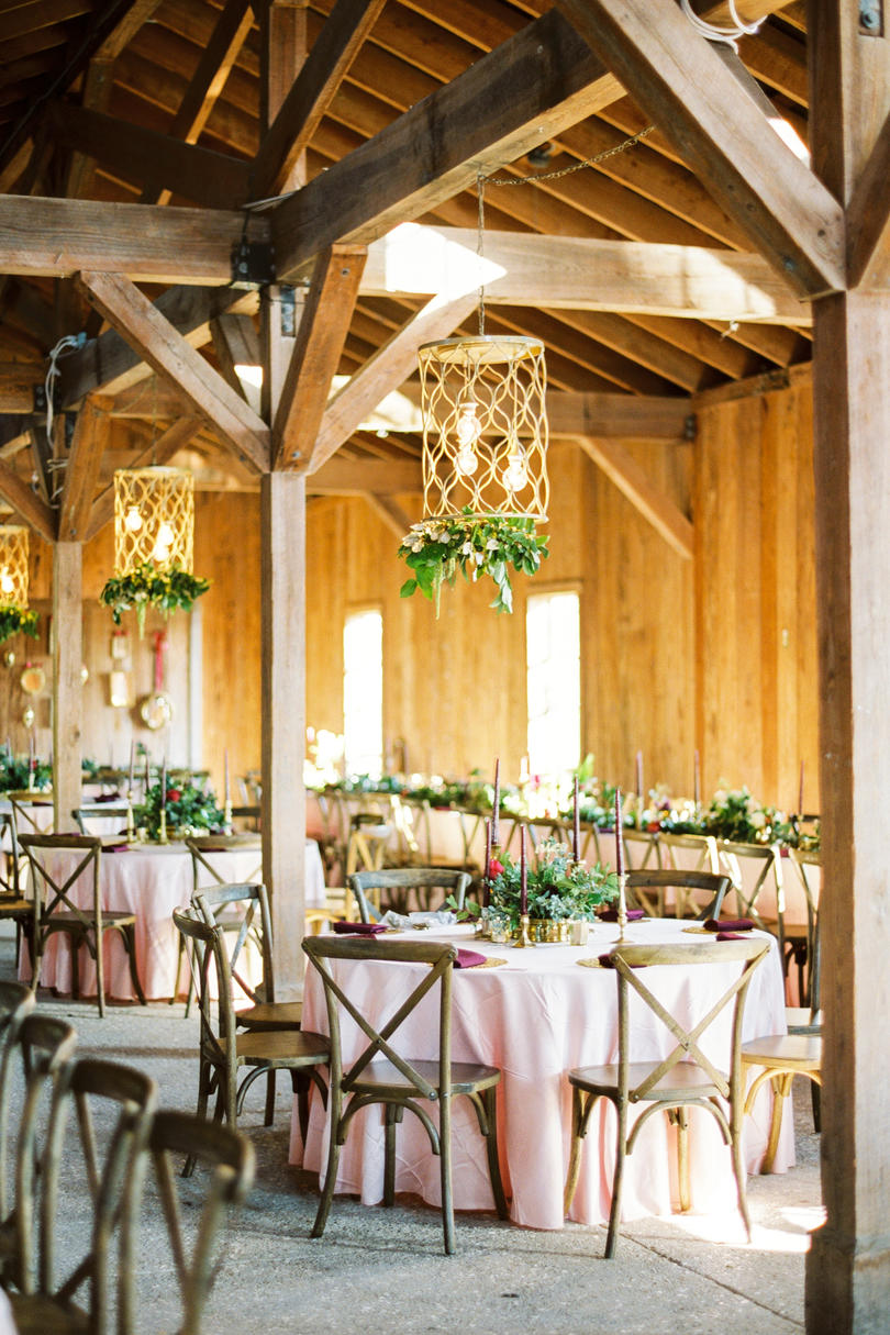 A Reception Space Full of Romance