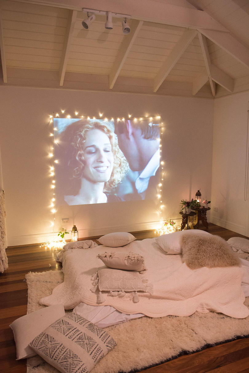 12 Ways To Use Your Christmas Lights In The Summer At Home Movie Theater