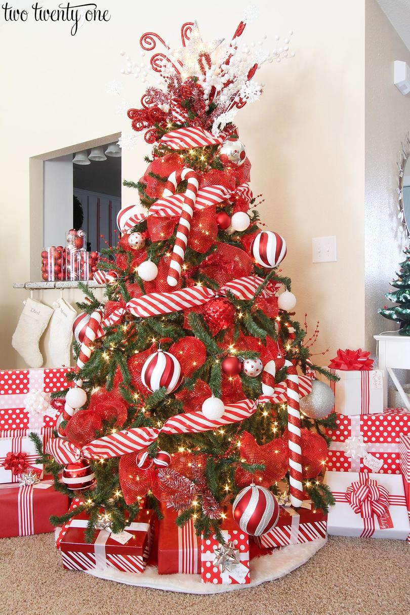 red and white candy cane christmas tree - Candy Ornaments For Christmas Tree
