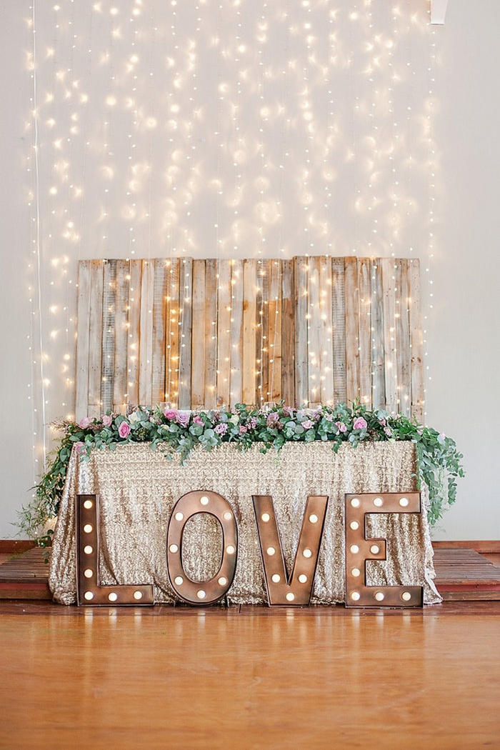 12 Ways to Use Your Christmas Lights in the Summer Wedding or Photo Booth Backdrop