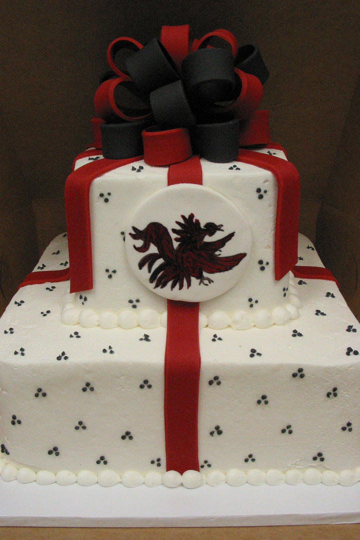 Over the top grooms cakes for true sec fans southern living university of south carolina gamecocks grooms cake junglespirit Images