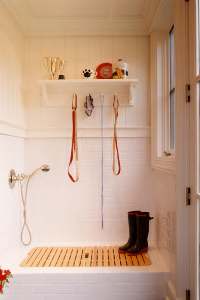 15 Mudroom Ideas Weu0027re Obsessed With Wash Your Dog Off & 15 Mudroom Ideas Weu0027re Obsessed With - Southern Living