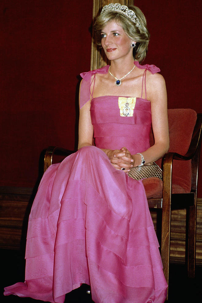 Hot Pink u0026 Sapphires  sc 1 st  Southern Living & The Best Style Moments of Princess Diana - Southern Living