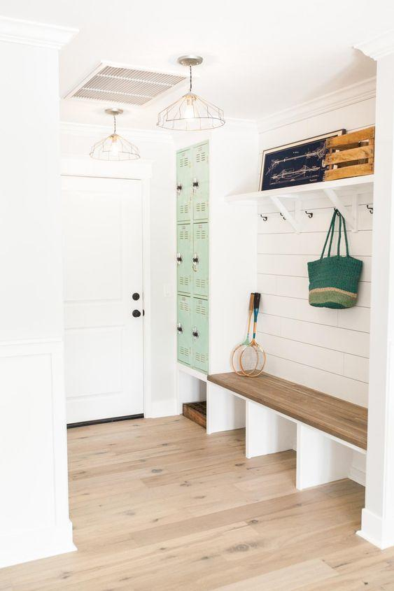 Channel Joanna Gaines Use Shiplap 15 Mudroom Ideas
